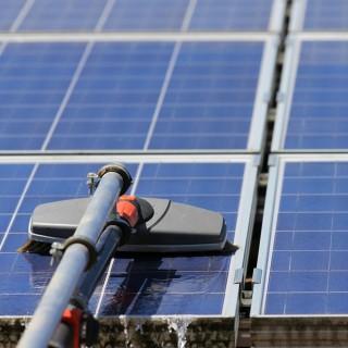 Nettoyage de modules photovoltaiques